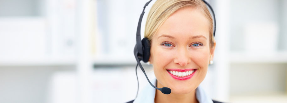 photo of customer support specialist